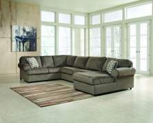 Picture of Jessa Place Dune Right Arm Facing Sectional
