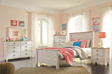 Picture of Willowton 6-Piece Full Panel Bedroom Set