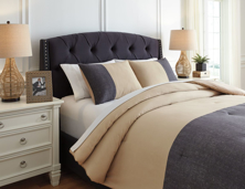 Picture of Medi King Comforter Set