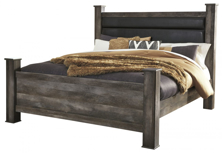 Picture of Wynnlow King Poster Bed