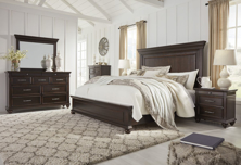 Picture of Brynhurst 6-Piece King Panel Bedroom Set