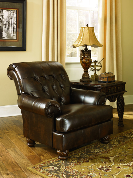 Picture of Fresco Antique Accent Chair