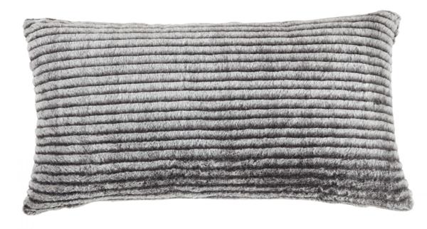 Picture of Metea Accent Pillow