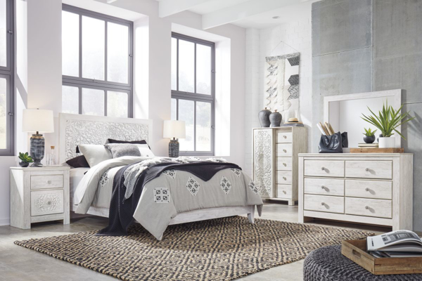 Picture of Paxberry White 6 Piece Panel Bedroom Set